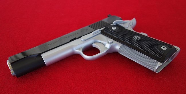 1911 Checkering for better grip traction
